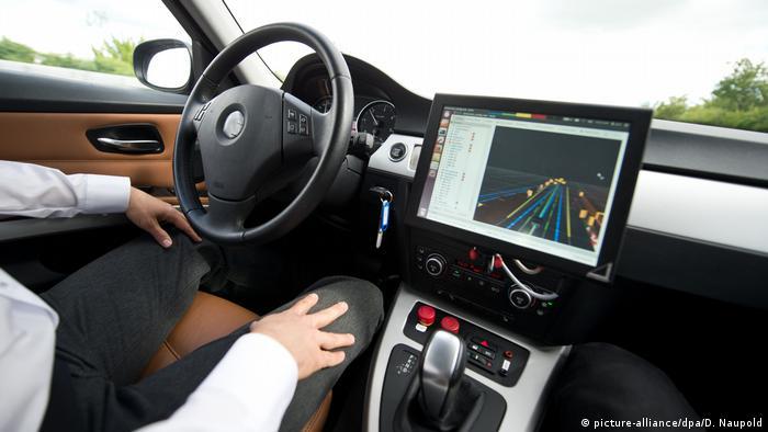 Deutschland Selbstständig fahrende Auto