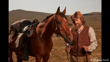 Sam Hawkens (Milan Peschel) in der Winnetou-Neuverfilmung 2016 (Foto: RTL/Jens Koch)
