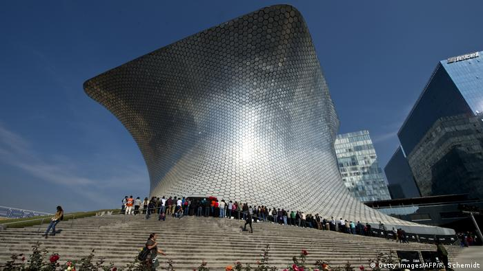Soumaya Museum in Mexico City (Getty Images/AFP/R. Schemidt)
