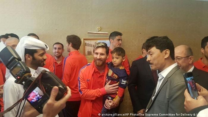 Afghanistan Murtaza Ahmadi Lionel Messi Fan (picture-alliance/AP Photo/The Supreme Committee for Delivery & Legacy)