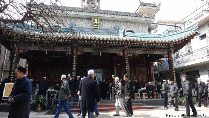 Çin mimarisine uygun bir cami