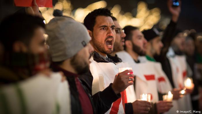 Deutschland Protest in Berlin gegen die Eroberung Aleppos (Imago/C. Mang)