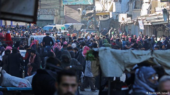 Syrien Krieg - Evakuierungen in Aleppo (Reuters/A. Ismail)