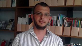 Elvis Nabolli Journalist (privat)