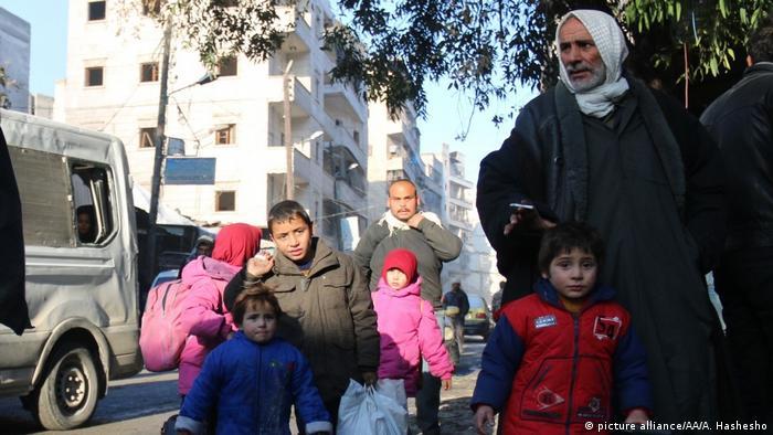 Сотні тисяч цивільних у Сирії залишаються відрізаними від світу