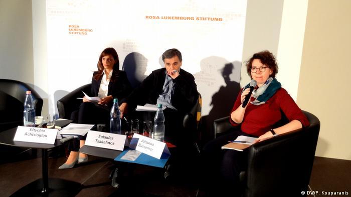Deutschland Pressekonferenz des griechischen Finanzministers in Berlin (DW/P. Kouparanis)
