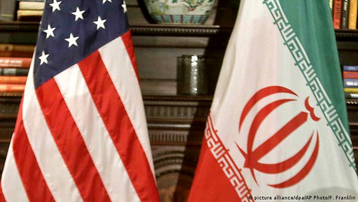 Flagge USA und Iran (picture alliance/dpa/AP Photo/F. Franklin)