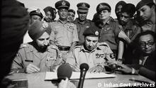 Pakistan surrendering to Bangladesh (by General Jacob)