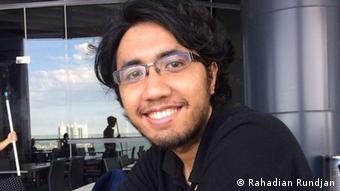 Esais, kolumnis, penulis dan peneliti sejarah @RahadianRundjan