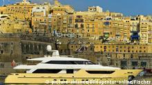 Malta Superjacht Santa Anna im Hafen
