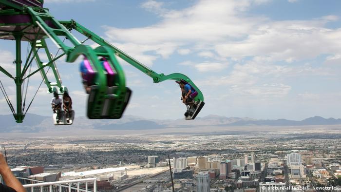 Bildergalerie | Attraktionen auf Wolkenkratzern | Stratosphere Las Vegas (picture-alliance/K. Nowottnick)