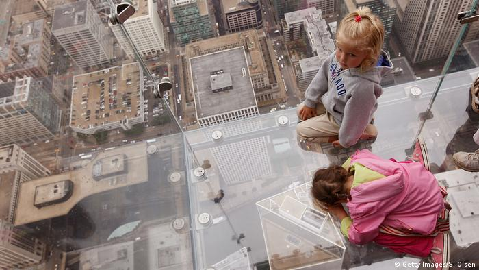Bildergalerie | Attraktionen auf Wolkenkratzern | Sears Tower Chicago (Getty Images/S. Olsen)