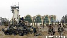 US Soldaten am Flughafen in Kandahar