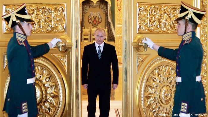 Wladimir Putin im Kreml (picture alliance/dpa/M.Klimentyev)