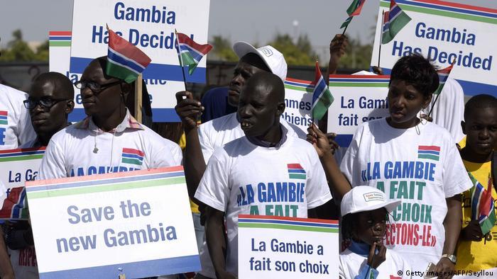 Senegal Proteste gegen Nicht-Anerkennung der Wahl in Gambia<br />