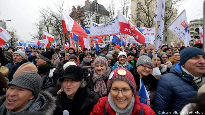 Demonstration Polen (picture-alliance/dpa/M. Obara)