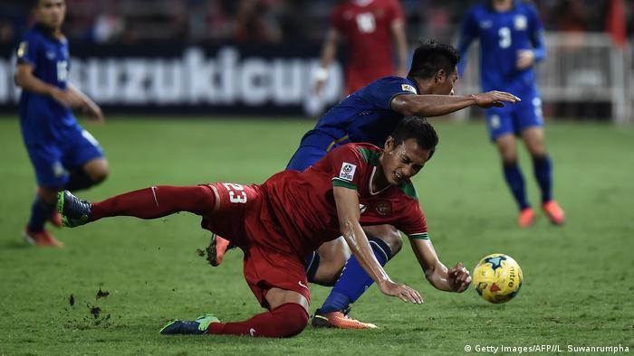AFF Fußball-Südostasienmeisterschaft 2016 Thailand - Indonesien (Getty Images/AFP//L. Suwanrumpha)