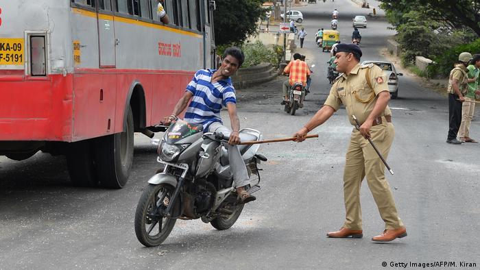 Indien Symbolbild Polizeigewalt