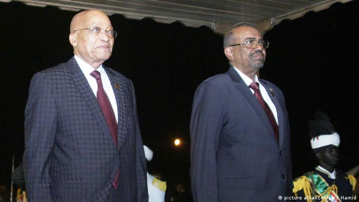 Jacob Zuma und Omar al-Bashir (picture alliance/dpa/E.Hamid)