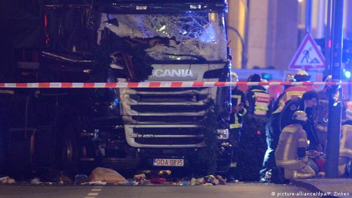 Deutschland Neun Tote und viele Verletzte auf Berliner Weihnachtsmarkt