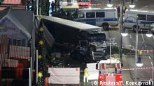 20.12.2016+++ A general view shows the site where a truck ploughed through a crowd at a Christmas market on Breitscheidplatz square near the fashionable Kurfuerstendamm avenue in the west of Berlin, Germany, December 19, 2016 REUTERS/Pawel Kopczynski