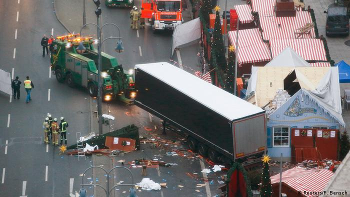 truck being towed (Reuters/F. Bensch)