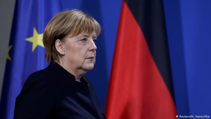 Merkel Statement Berlim (Reuters/H. Hanschke)