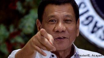 Philippinen Präsident Rodrigo Duterte in Manila (Reuter/E. Acayan)