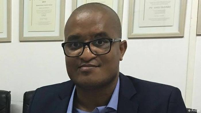 Afrika Mosambik - Ericino de Salema - Rechtsanwalt und Journalist