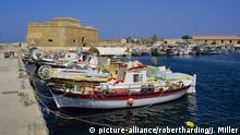 Paphos harbour, Cyprus, Europe | Verwendung weltweit, Keine Weitergabe an Wiederverkäufer.