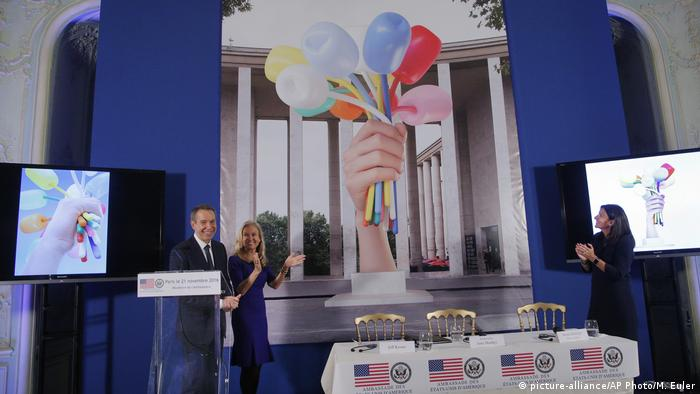 Frankreich Künstler Jeff Koons in Paris (picture-alliance/AP Photo/M. Euler)