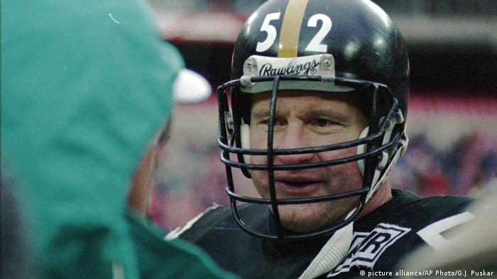 Mike Webster Pittsburgh Steelers (picture alliance/AP Photo/G.J. Puskar)
