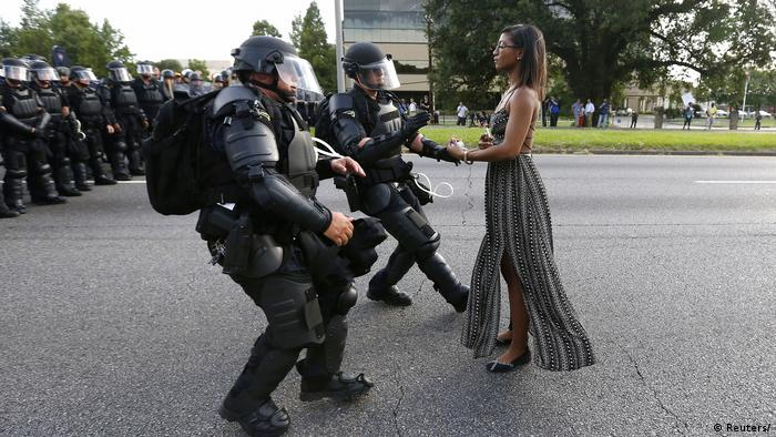 Ieshia Evans protesting shooting death of Alton Sterling in Baton Rouge (Reuters/)