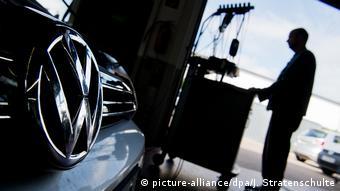 Το Dieselgate βύθισε μια από τις μεγαλύτερες αυτοκινητοβιομηχανίες του κόσμου στη χειρότερη κρίση της ιστορίας της