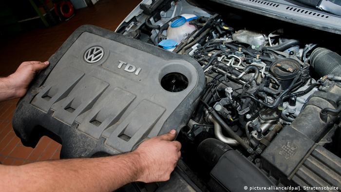 Czysty podczas kontroli, truciciel na ulicy: jeden z manipulowanych silników VW