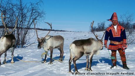 Η αξία και η ανθεκτικότητα των ταράνδων τους καθιστά απαραίτητους σε πολλούς λαούς που ζουν στο Βορρά. Λαοί όπως οι Λάπωνες που ζουν στη Σκανδιναβία τους χρησιμοποιούν ως μεταφορικά μέσα, πίνουν το γάλα τους αλλά τρώνε (δυστυχώς) και το κρέας τους.