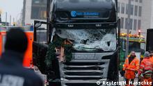 Deutschland LKW nach dem Anschlag am Breitscheidplatz in Berlin