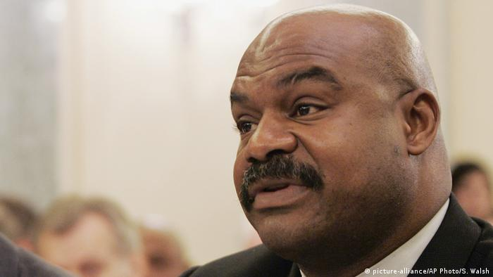 USA | EX-NFL-Profi Dave Duerson (picture-alliance/AP Photo/S. Walsh)