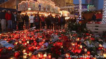 Berlin Trauer Weihnachtsmarkt Breitscheidplatz