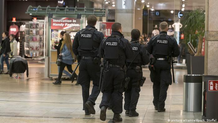Deutschland Anti-Terror-Einsatz im Centro Oberhausen