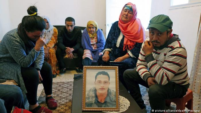 Familie von Anis Amri (picture-alliance/dpa/M. Messara)