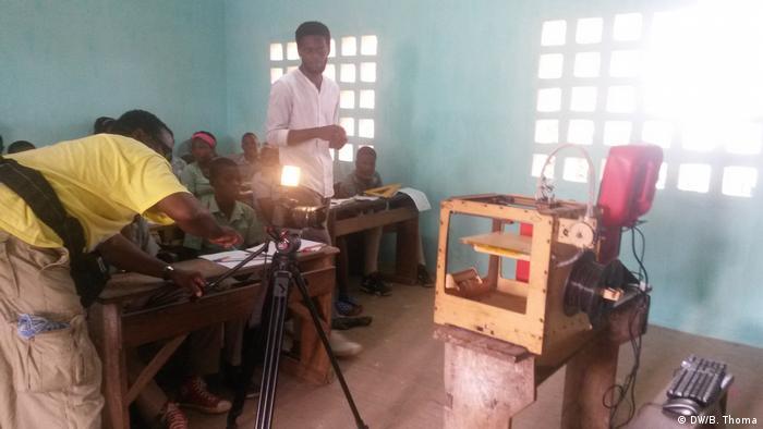 Afrika Togo - EcoAfrica zu Müllentsorgung (DW/B. Thoma)