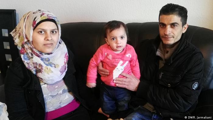 عائلة السوري مأمون الحمزة والد الطفلة أنجيلا ميركل