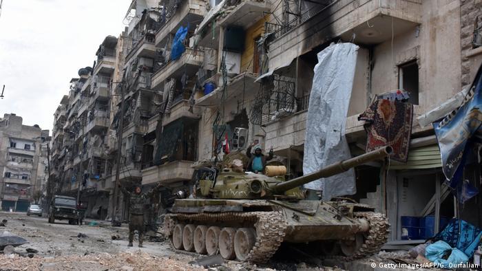 Syrien syrische Soldaten nach der Zurückeroberung von Aleppo