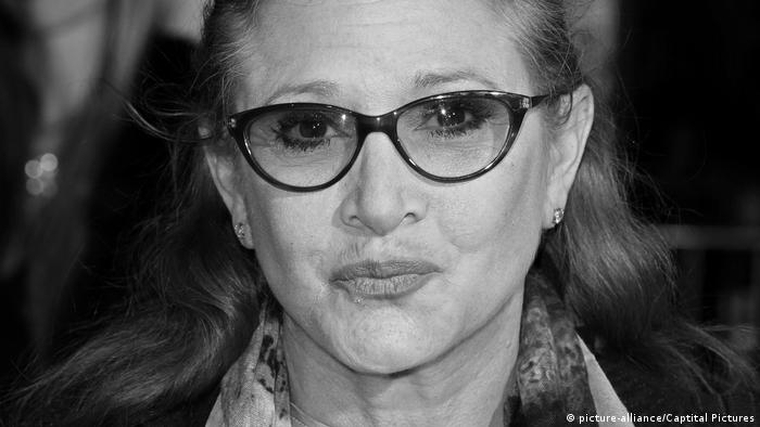 Carrie Fisher in hospital after a heart attack. File photo (picture-alliance/Captital Pictures)