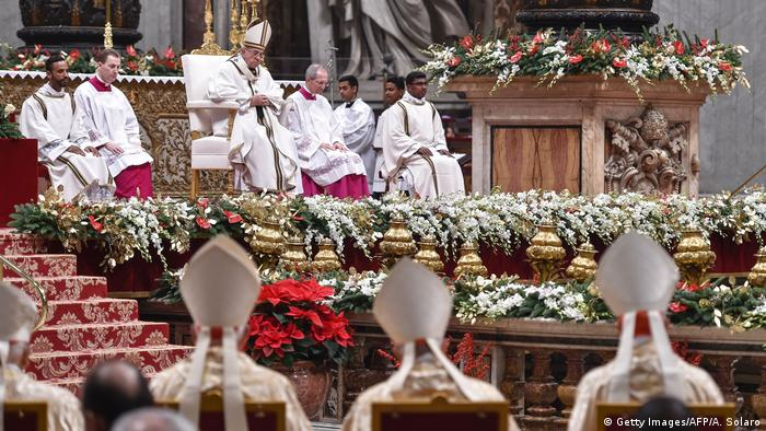 Christmette im Petersdom - Papst Franziskus (Getty Images/AFP/A. Solaro)
