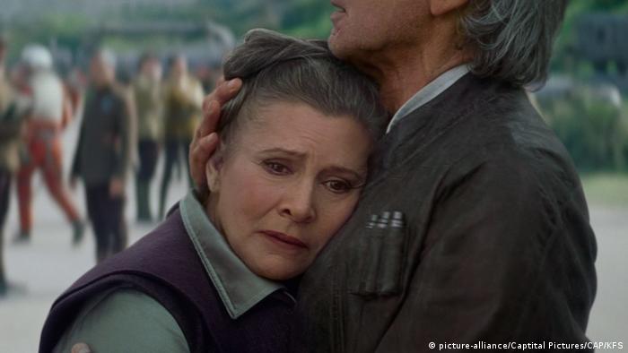 Filmstill - Star Wars das Erwachen der Macht mit Carrie Fisher (picture-alliance/Captital Pictures/CAP/KFS)