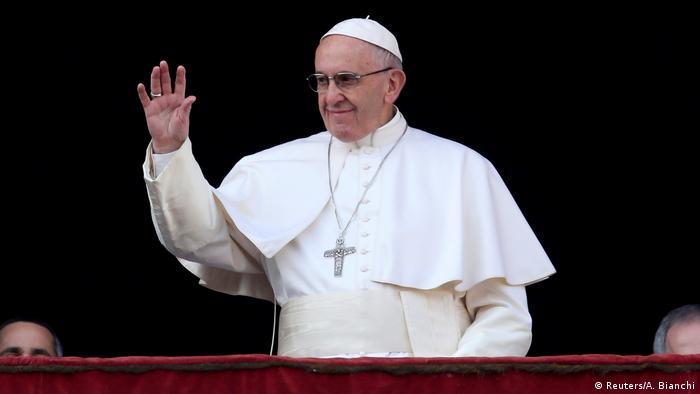 Vatikanstadt Petersdom Papst Franziskus - Segen Urbi et Orbi
