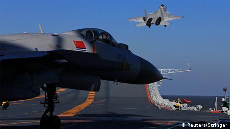 China Flugzeugträger Übung (Reuters/Stringer)