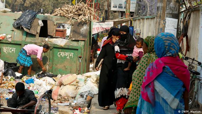 Bangladesch Dhaka - Müllentsorgung